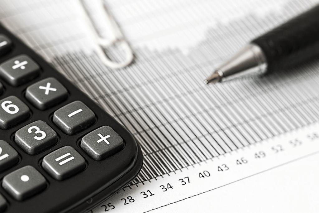 Chefsekretärin mit vorbereitender Buchführung (Foto: © Pixabay)